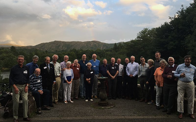 800x500 Alumni Eskdale group