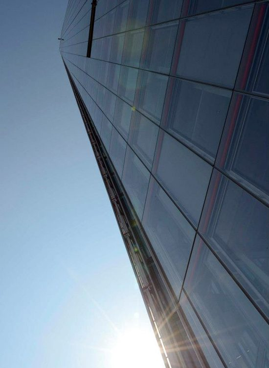 Descent-of-the-shard-750x550n