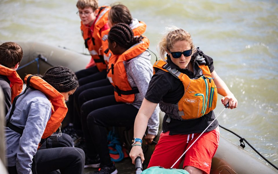 15-things-Outward-Bound-Cool-instructor