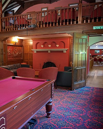 400x500 Eskdale pool room