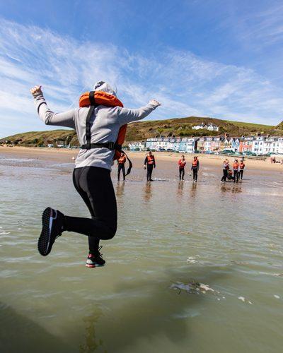 400x500-individual-aberdovey-jump-sea