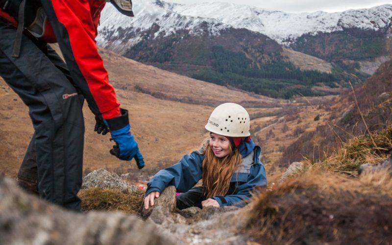Loch-eil-800x500-climbing-female