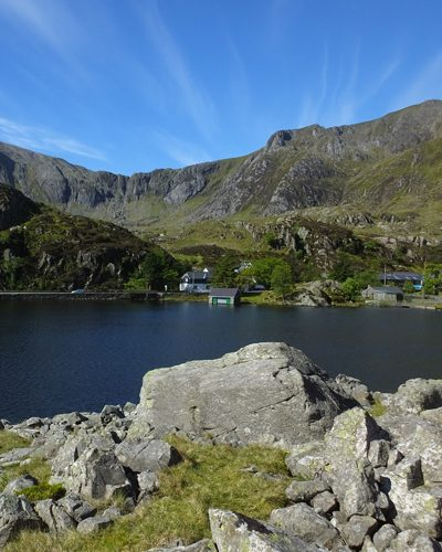 Ogwen-cottage-400x500