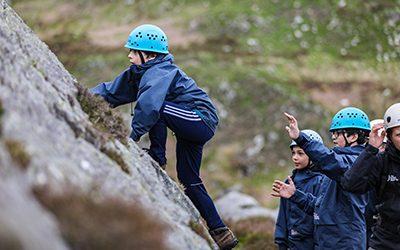 400x250 climbing