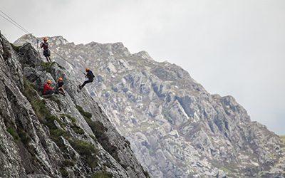 400x250 climbing SA