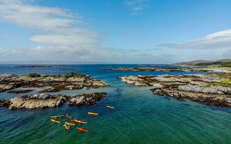 SA Loch Eil Kayaking at sea sunny 800x500